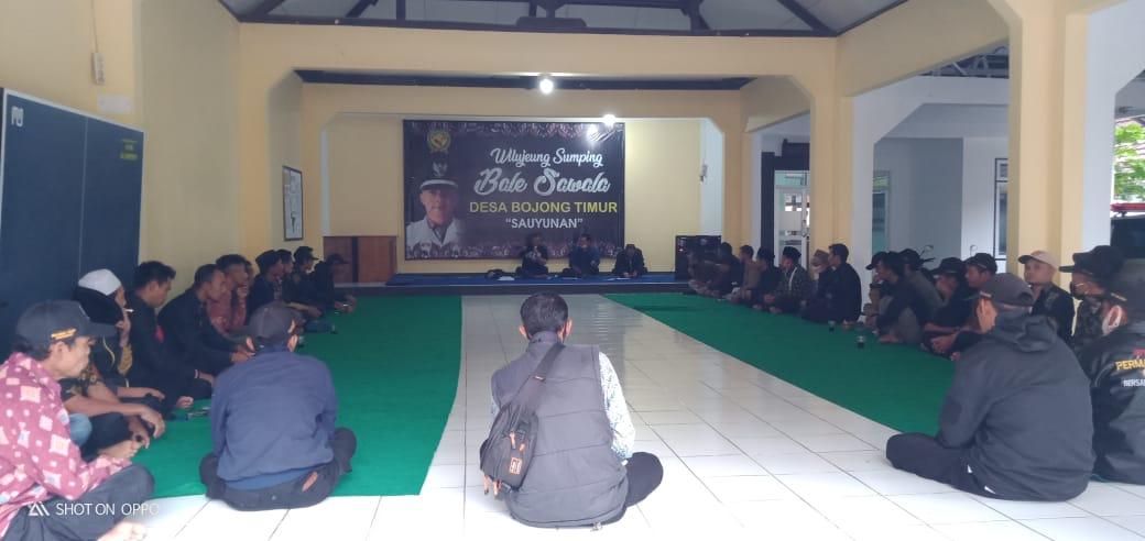 Rapat Minggon Desa Bojong Timur